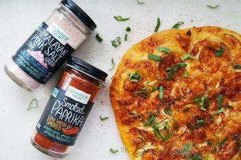 Пицца с паприкой и гималайской солью